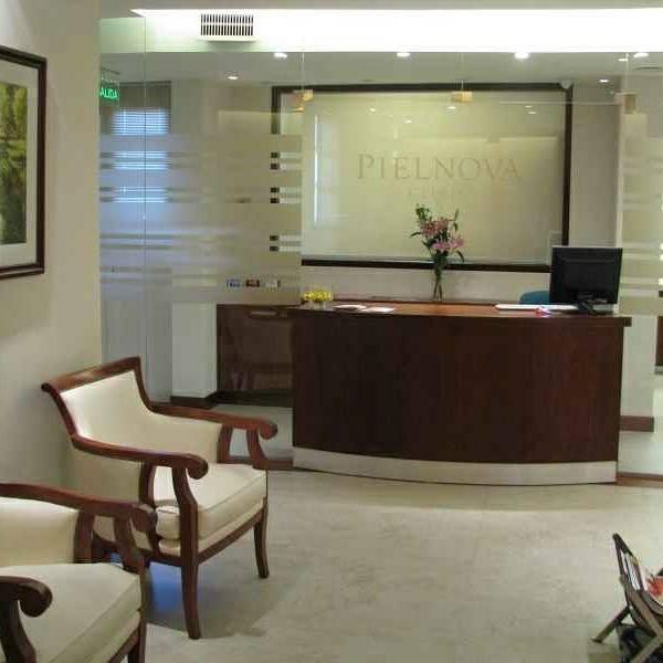 Pielnova clinic spa esta en b squeda de recepcionista y for Buscador de spa