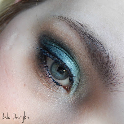 amu with essence quattro eyeshadow laught, love, lime