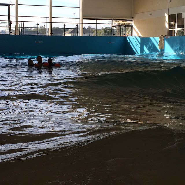 Alpamare waterpark,  wave pool