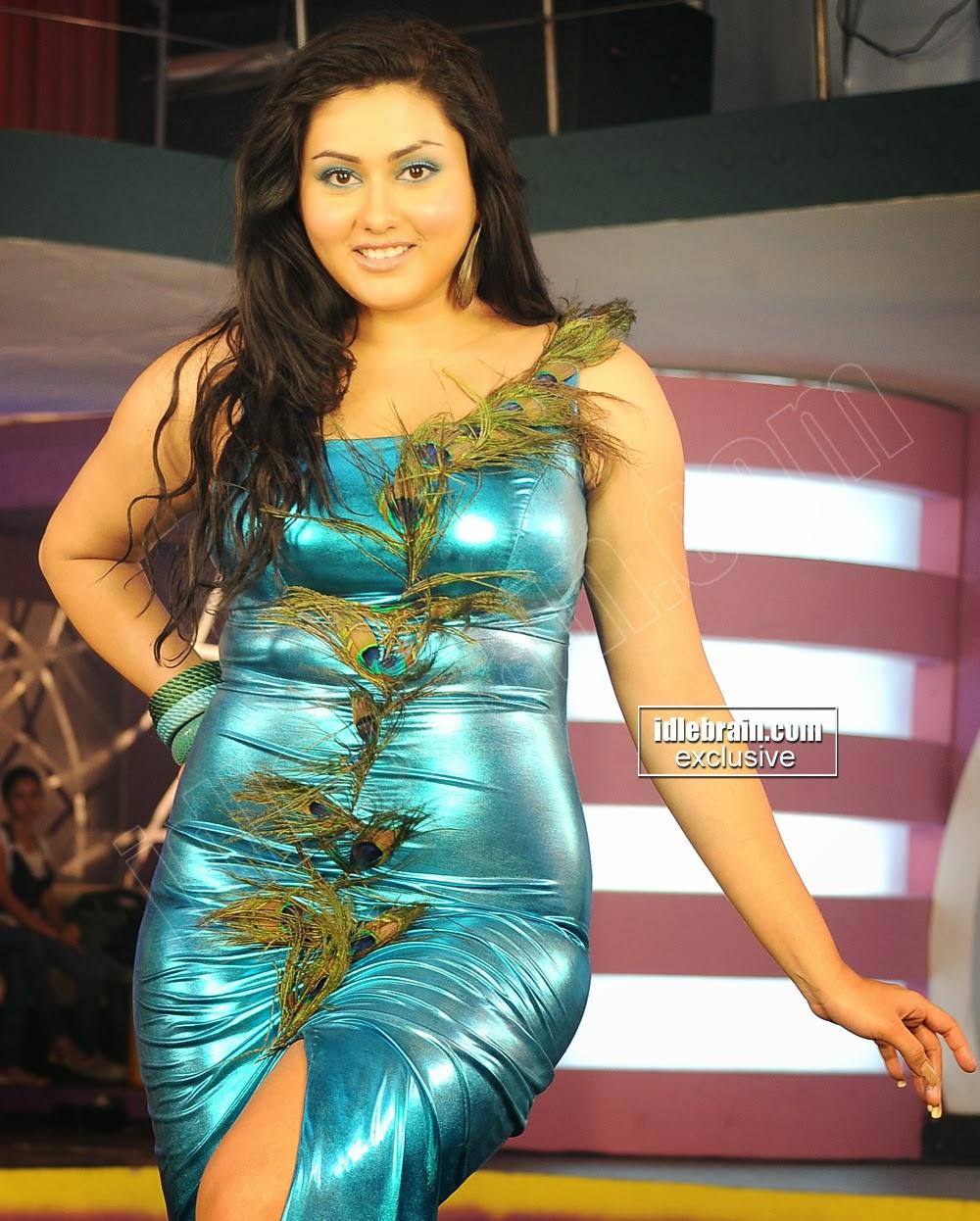 Indian Garam Masala South Hot Actress Namitha Dancing In -9553