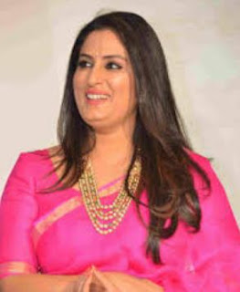 Roopa Iyer Family Husband Son Daughter Father Mother Marriage Photos Biography Profile.