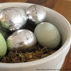 декоративные пасхальные яйца, из чего можно сделать пасхальное яйцо, пасхальные яйца своими руками пошагово, декоративные яйца с лентами, декоративные яйца с докупающем, декоративные яйца из бумаги, декоративные яйца из бисера, декоративные яйца в домашних условиях декоративные яйца идеи фото, пасхальные яйца картинки, пасхальные украшения своими руками пошагово, пасхальные сувениры, пасхальные подарки, своими руками, пасхальный декор, как сделать декор на пасху, пасхальный декор своими руками, красивый пасхальный декор в домашних условиях, Мастер-классы и идеи, Ажурное бумажное яйцо к Пасхе, Декоративные пасхальные яйца в виде фруктов и овощей,, «Драконьи» пасхальные яйца (МК) Идеи оформления пасхальных яиц и композиций, Имитация античного серебра на пасхальных яйцах, Мозаичные яйца, Пасхальный декупаж от польской мастерицы Asket, Пасхальные мини-композиции в яичной скорлупе,, Пасхальные яйца в декоративной бумаге, Пасхальные яйца в технике декупаж, Пасхальные яйца, оплетенные бисером, Пасхальные яйца, оплетенные нитками, Пасхальные яйца с ботаническим декупажем, Пасхальные яйца с марками, Пасхальные яйца с тесемками и ленточками, Пасхальные яйца с юмором, Скрапбукинговые пасхальные яйца, Точечная роспись декоративных пасхальных яиц, Украшение пасхальных яиц гофрированной бумагой, Яйцо пасхальное с ландышами из бисера и бусин, Декоративные пасхальные яйца: идеи оформления и мастер-классы,http://handmade.parafraz.space/, Пасха, рукоделие пасхальное, яйца пасхальные, декор яиц, декор пасхальный, подарки пасхальные, мастер-класс, фольга, яйца серебрянные, декор из фольги