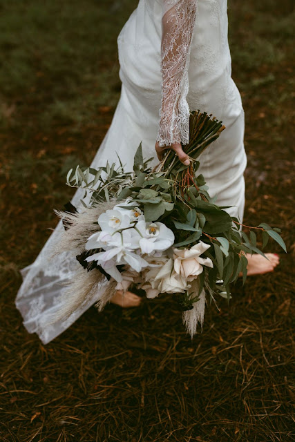 photography floral design sydney southern highlands wedding flowers installation bouquets