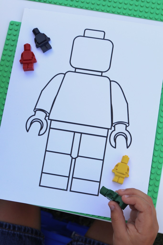 Party Activities Are A Great Way To Enhance Your Partys Theme My Boys Love Color I Found Minifigure Template Online And Printed Out Coloring Pages