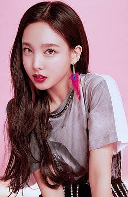 Koreai énekes randi