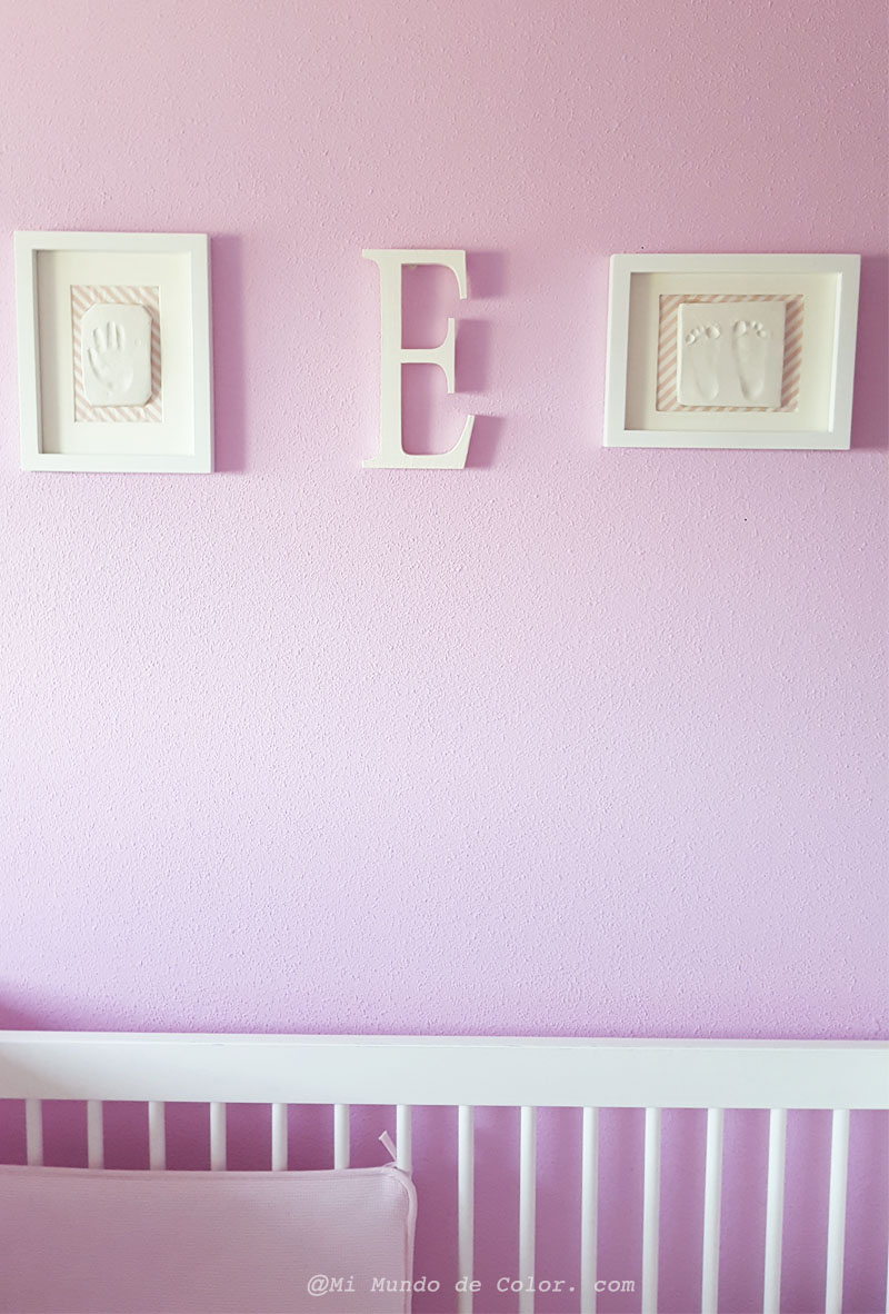 deco nursery room of your baby with footprint