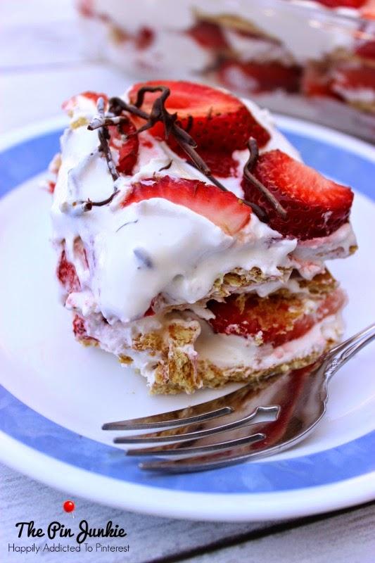 No-Bake Strawberry & Cream Refrigerator Cake
