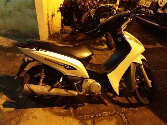 CAXIAS: Policia recupera motocicleta roubada em tempo Record