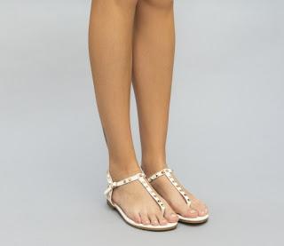 Sandale albe fara toc pentru vara cu insertii metalice aurii