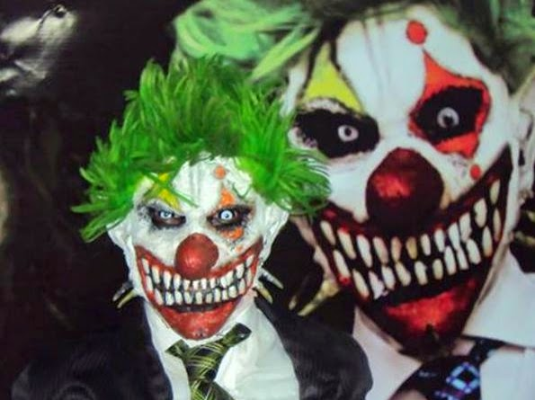 the tom gulley show fear of clowns coulrophobia joe durwin the trickster pennywise weary willie pogo the clown john wayne gacy killer clowns from outer space clownhouse poltergiest evil clown scary clown