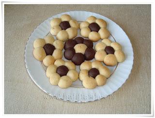 Flower Cookies (Cicek Kurabiye)