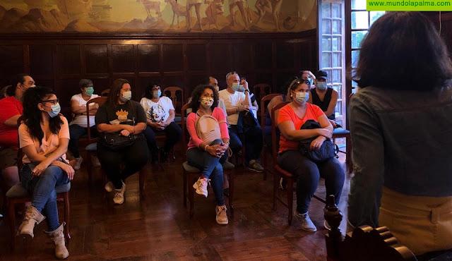 El Ayuntamiento de Los Llanos de Aridane mantiene la primera reunión con los grupos del Carnaval