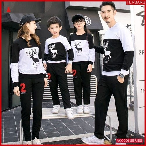 AKC006S141 Sweater Couple Rusa Anak 006S141 Keluarga Moose BMGShop