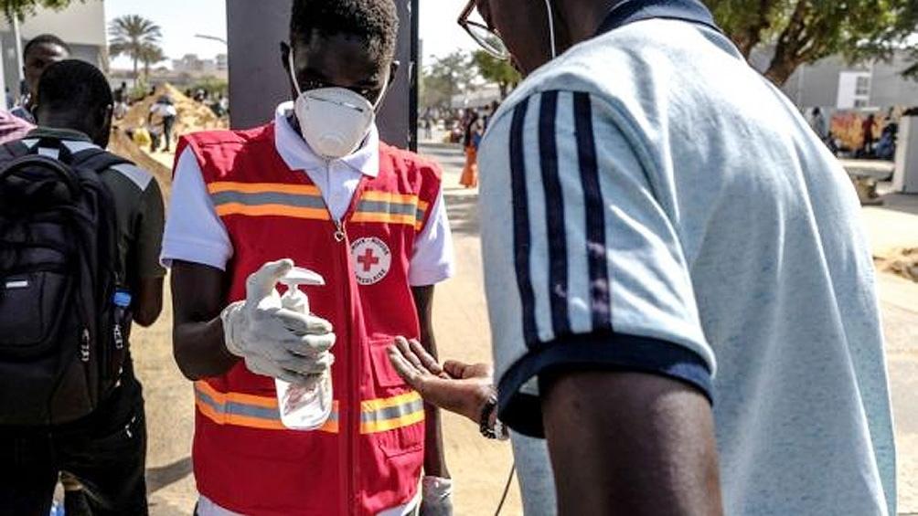 La OMS advierte que el coronavirus podría matar a 190.000 personas y quedarse años en África