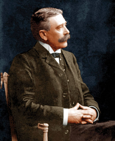 ferdinand saussure semiotics Ferdinand de saussure, a swiss linguist in semiotics, this principle could be applied to understand the distinction between code and message.