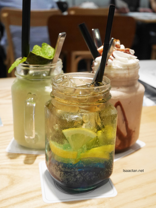 Interesting and sweet drinks to complement your meal at Delicious Cafe