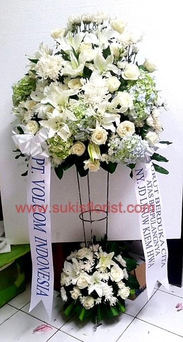 rangkaian-bunga-standing-bagus-toko-bunga-sukis-surabaya