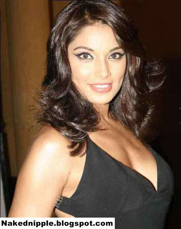Desi Actress Bipasha Basu On The Sets Of Star Plus Show