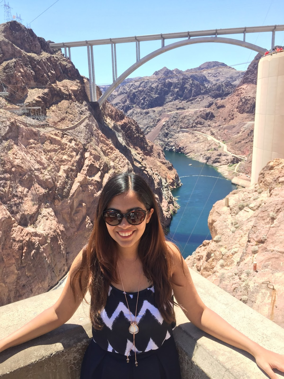 Viva Las Vegas! - Hand On The Hip