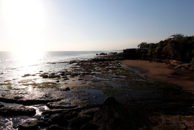 Una playa cerca de Batu Bolong (Bali)