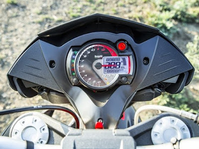 Benelli TNT 899 speed mitor