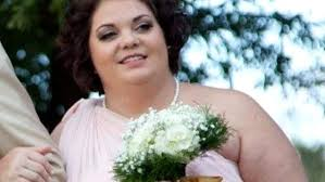 Bridesmaid inspired to lose weight after seeing pictures from her cousin's wedding