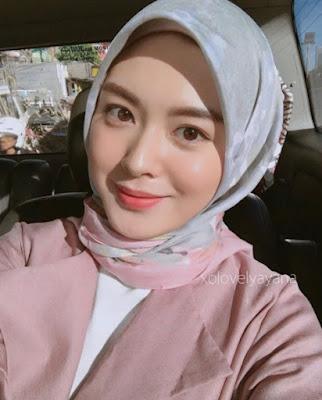 10 Pesona Ayana Jihye-moon, Hijaber Cantik Bikin Cowok Pengen Tobat Nasuha