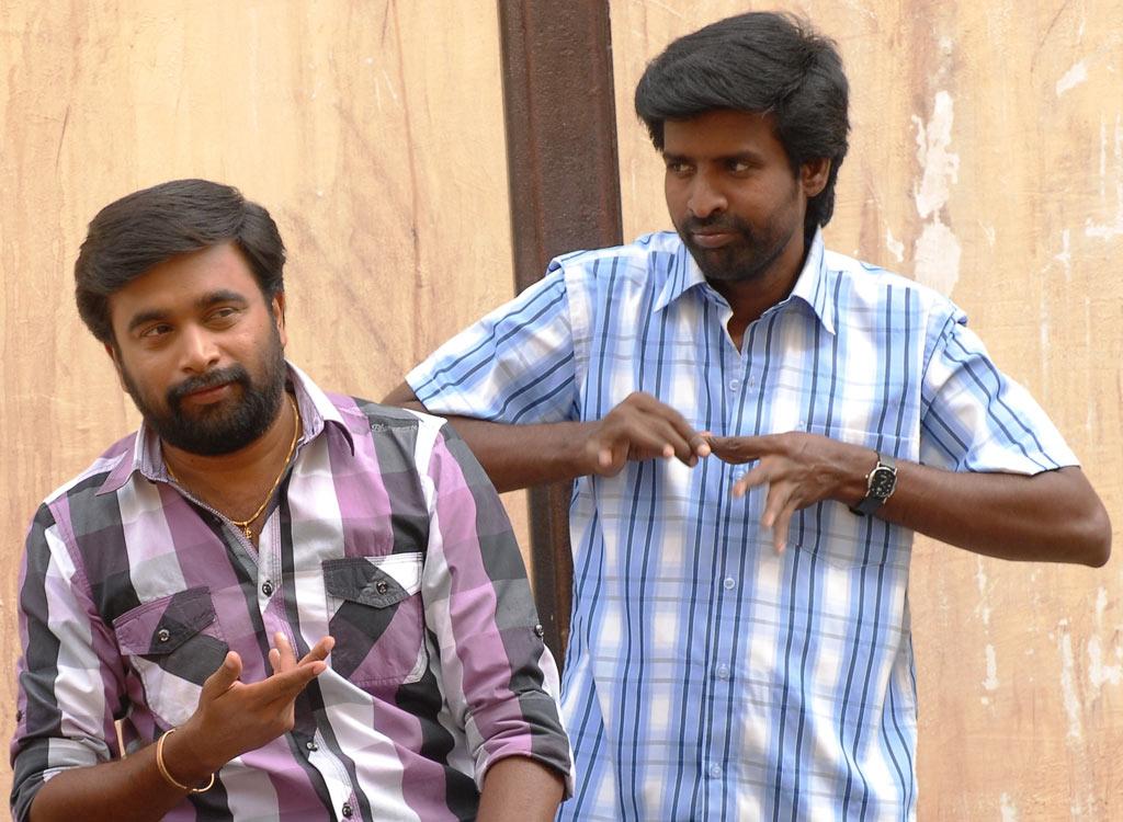 Sasikumar In Sundarapandian Tamil Movie Stills Girls Games