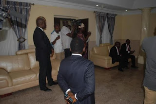 Zenith Bank's officials allegedly pay a visit to beg Fayose