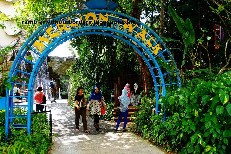 Entrance to Merlion Walk, Sentosa, Singapore