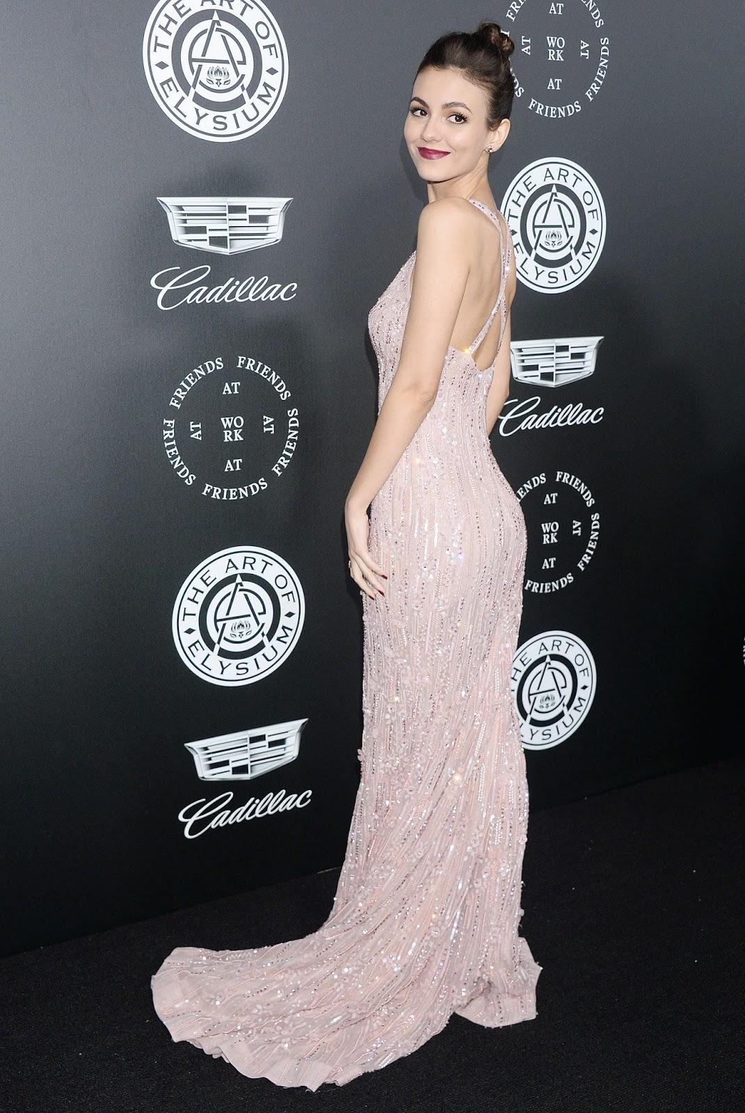 Victoria Justice in Tight Dress