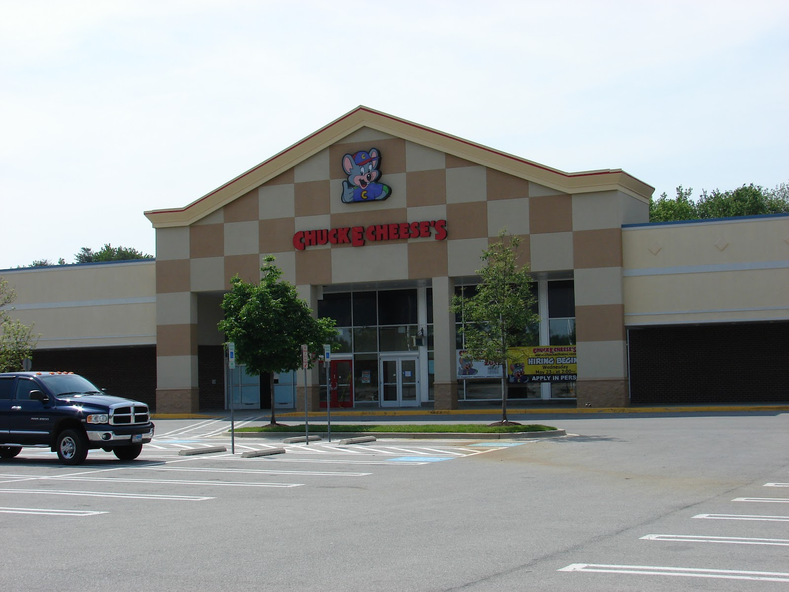 15 rows· Chuck E. Cheese's in Maryland: complete list of store locations and store hours Chuck /5(65).