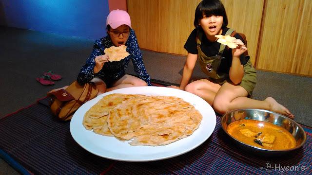 giant roti canai wonderfood museum penang