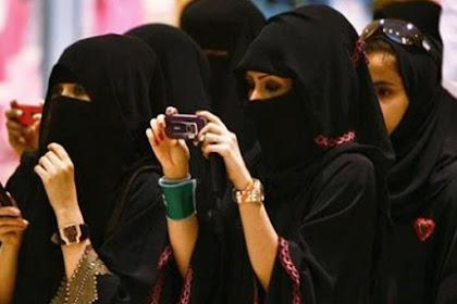Kemenpar Bidik 3,8 Juta Wisatawan Muslim Asing