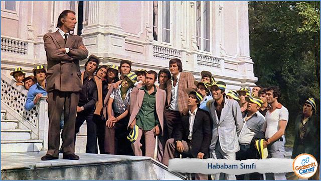Hababam-Sinifi-Okul-Merdivenleri
