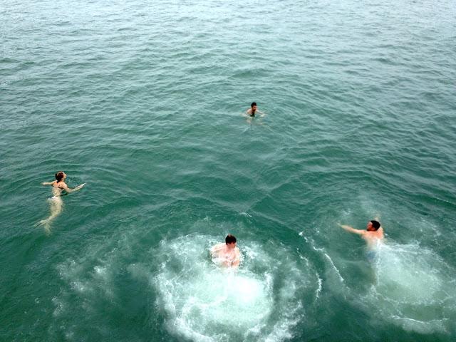 Jumping into the ocean from a junk boat | Lamma Island, Hong Kong