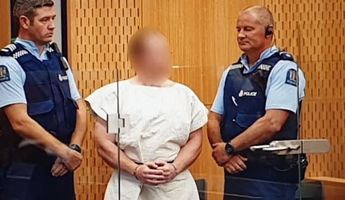Yeni Zelanda'da camilere saldıran terörist hakim karşısında.