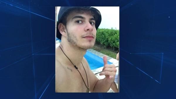 Brasileiro é condenado à prisão perpétua por assassinatos de tios e primos na Espanha