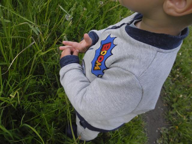 Bluza z naszywkami dla chłopca