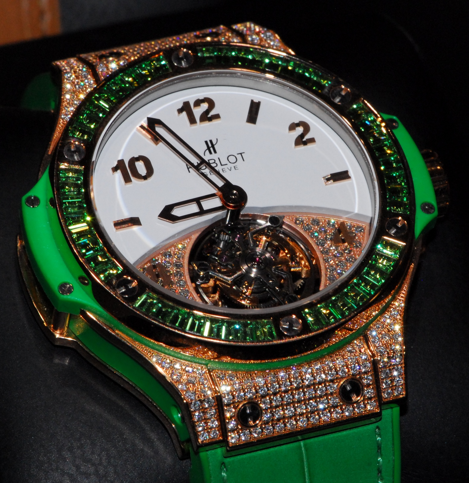 j 39 aime les montres la montre du jour hublot big bang tutti frutti tourbillon baselworld 2012. Black Bedroom Furniture Sets. Home Design Ideas