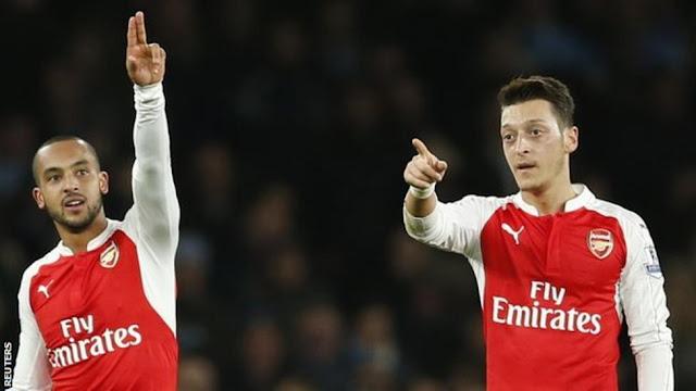 Arsenal 2 - 1 Leicester : Kembali dari Cidera, Welbeck Cetak Gol Krusial
