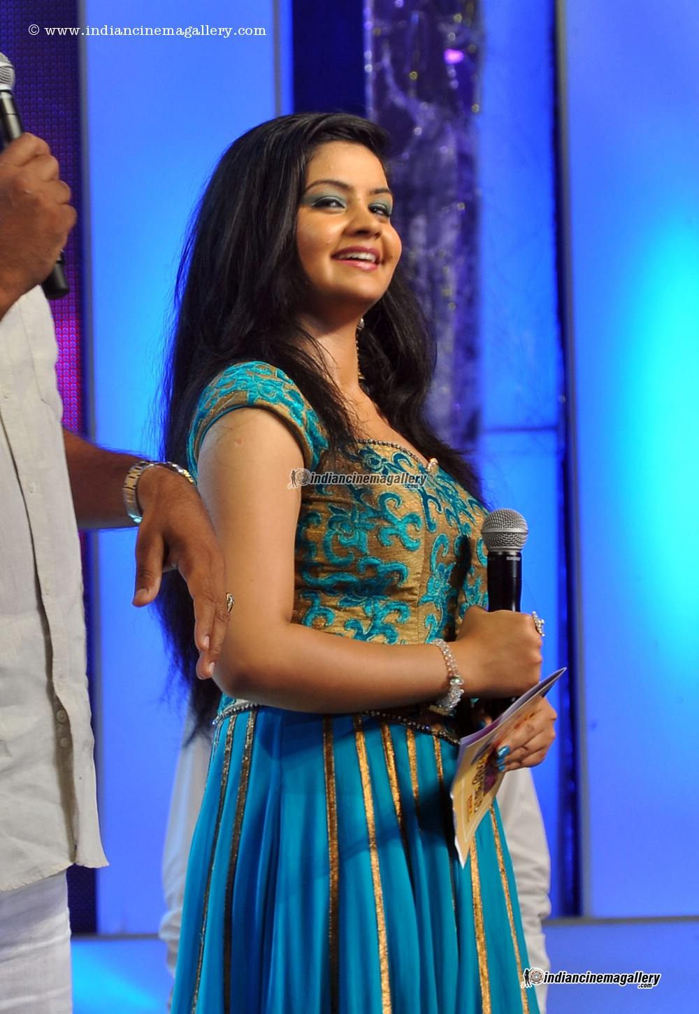 malayalam anchors - photo #48