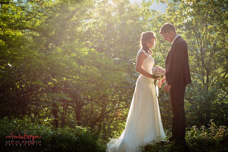 ritratto sposi nel bosco