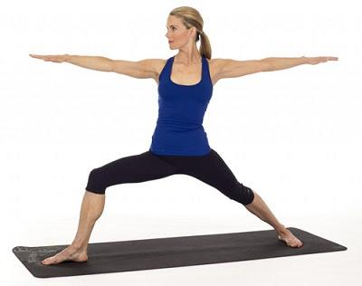 Tư thế chiến binh khi tập yoga tại nhà