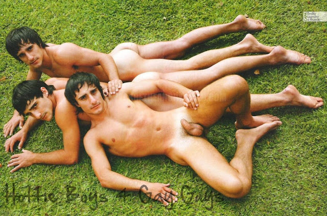 Identical Twins Nude 43