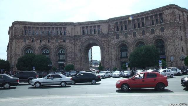 Armenia autoriza importar vehículos con volante a la derecha
