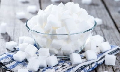Zuccheri frenano gene longevità: troppi accorciano la vita