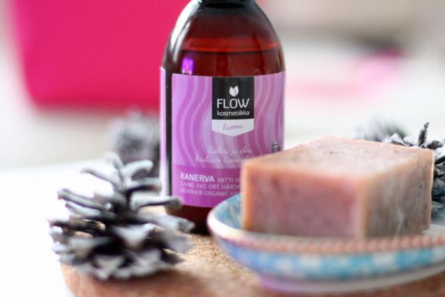 luonnonkosmetiikka flow flowkosmetiikka shampoopala hiushuuhtelu