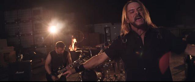 "FLOTSAM AND JETSAM: Δείτε το νέο τους video για το κομμάτι ""Life Is A Mess"""