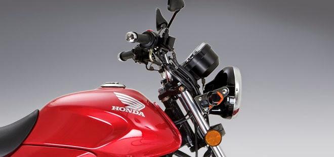 Honda CB125E: moto